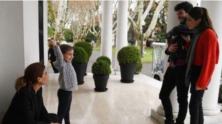 Cómo fue la visita de Sebastián Yatra a Antonia, la hija de Macri