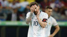 No quiere ni mirar. Messi no lo puede creer y Lo Celso se mostró desdibujado.