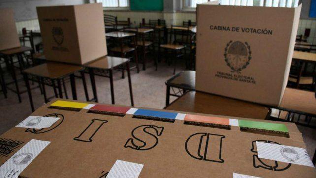 La Secretaría Electoral de la provincia confirmó que hasta las 18 se vota en las escuelas