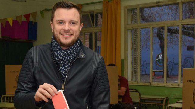 Roy López Molina votó en la escuela de Paraguay y 3 de Febrero