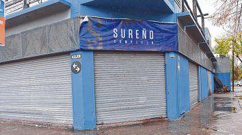 Moreno y Arijón. El crimen ocurrió ayer cerca de las 5.45 frente a Sureño, donde había estado la víctima.
