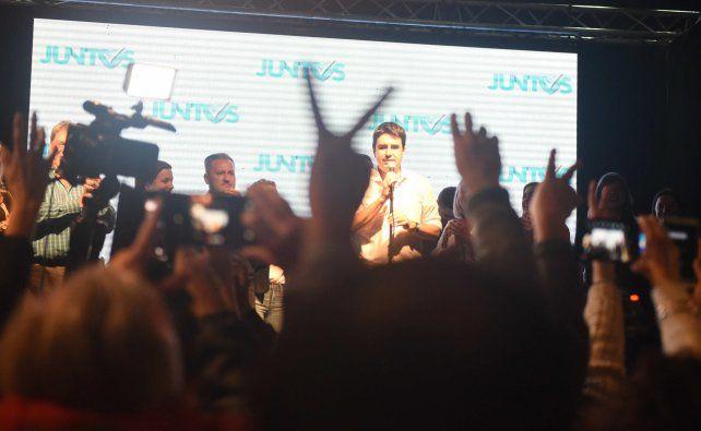 En Rosario, la victoria de Perotti se gestó en los barrios