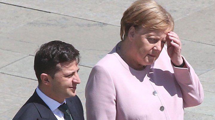 Merkel sufrió temblores durante un acto oficial en Berlín