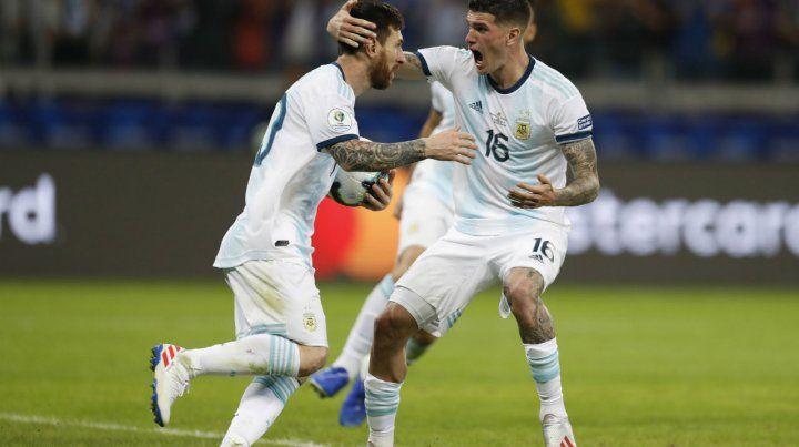 De Paul saluda a Messi