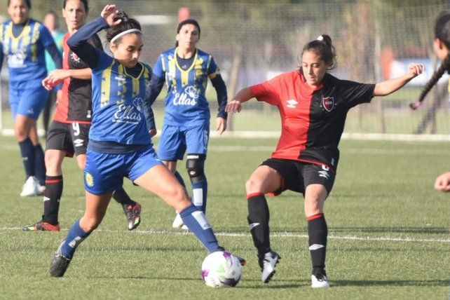 Central se impuso por goleada ante Newells en el clásico femenino