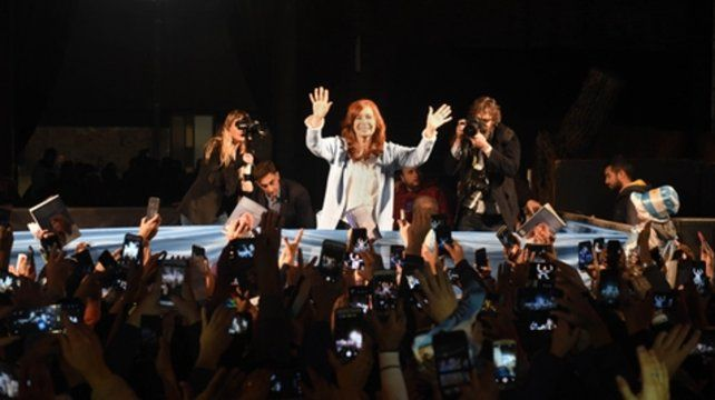 Puertas Afuera. Cristina Fernández de Kirchner