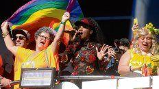 orgullo lgbt. Distintas identidades de género marchan por San Pablo.