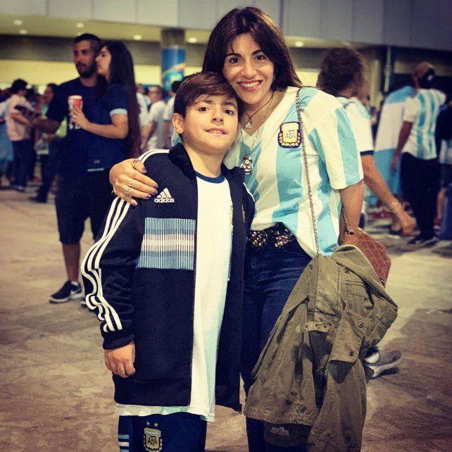 Gianinna Maradona y Benjamín están en Brasil y le dieron suerte al Kun Agüero