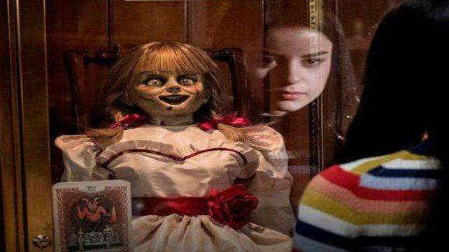 Annabelle 3, la muñeca maldita ataca de nuevo