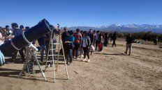 miles de personas observaron el eclipse en distintas localidades