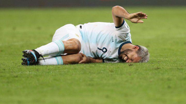 Cuáles son las dos jugadas que protestó Argentina y el árbitro no pidió el VAR