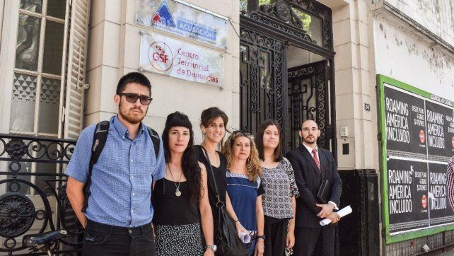 Familiares de María de los Angeles Paris le piden al ministro Pullaro que separe a los policías imputados en la causa.