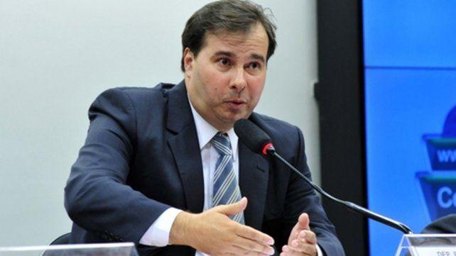 Poroteo. Rodrigo Maia