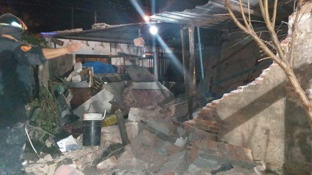 Se derrumbó una pared en zona oeste y murió una nena de cinco años