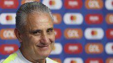El entrenador de Brasil, Tite, le respondió a las críticas de Messi.