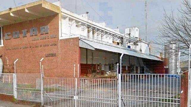 Humberto Primo 1255. El acceso a la planta asaltada tiene cámaras.