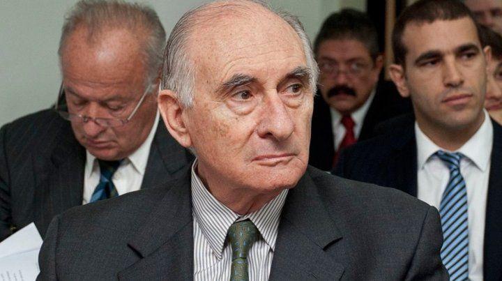 El expresidente De la Rúa está internado en estado sumamente grave