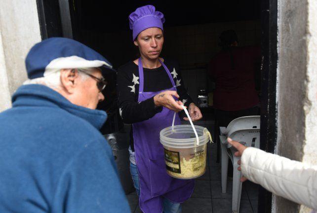 El ministro de Desarrollo Social provincial dijo que cada vez más gente demanda la ayuda del Estado