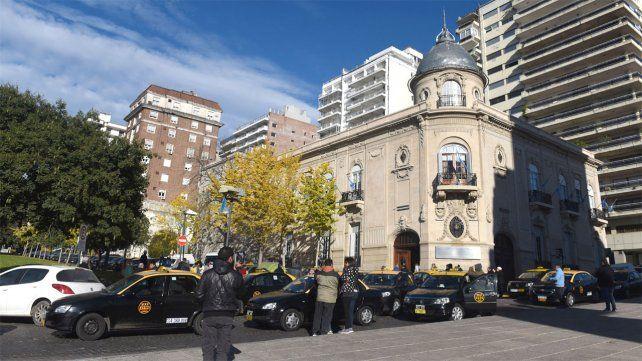 La Municipalidad suspendió la habilitación de Cabify por infringir ordenanzas