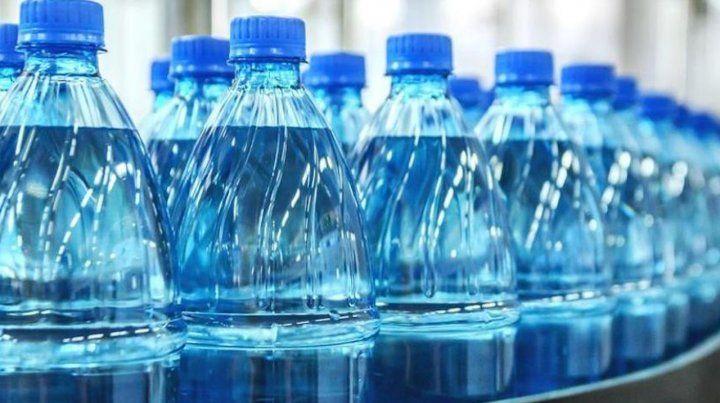 Europa en alerta por una sustancia presente en plásticos de uso habitual