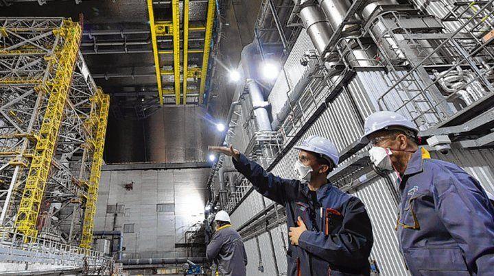 Enorme. La estructura mide 257 metros y pesa 40 mil toneladas.