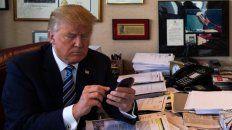 Fan. Trump denuncia a las redes sociales, pese a ser un usuario obsesivo de Twitter.