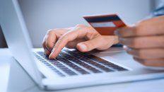 Compras. Los consumidores son cada vez más exigentes y buscan contactar a los negocios de forma rápida.