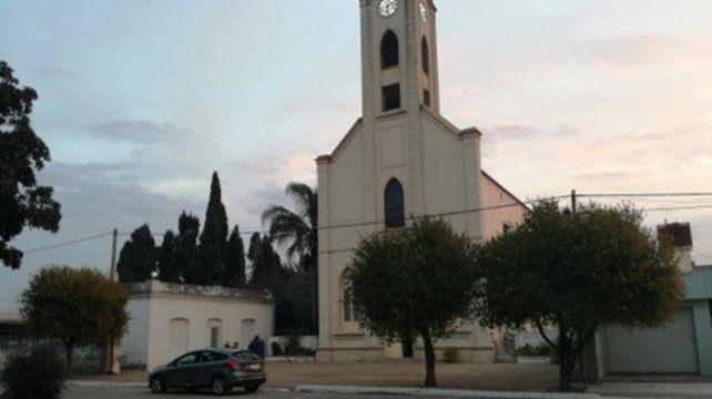 Los molinos. La Iglesia del pueblo