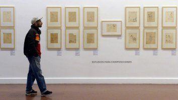 Recorrida. La sala mayor del Castagnino está ocupada por las 64 obras de pequeño formato enviadas desde Italia.