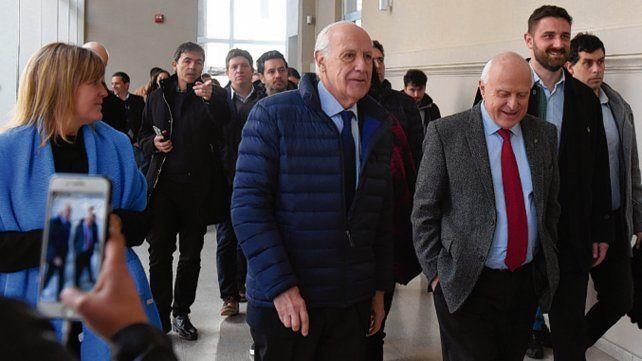 En campaña. Lavagna estuvo el miércoles en Rosario junto a Lifschitz.