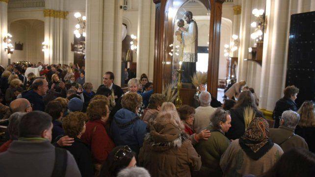 Las fotos de la conmovedora celebración de San Cayetano en Rosario