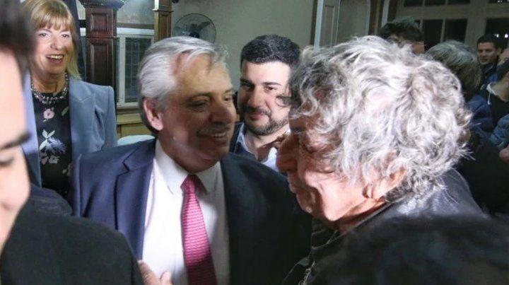 Alberto Fernández tuvo una bendición rosarina, peronista y de Central
