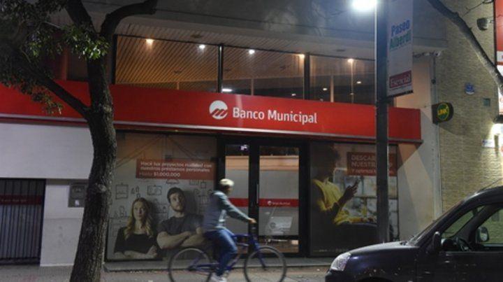 BMR Mandatos. Representantes de la agrupación MRQ hicieron el primer aporte para dar inicio a una idea surgida hace 4 meses.