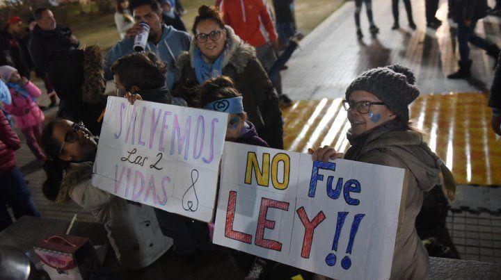 Vigilia solidaria por el rechazo de la despenalización del aborto