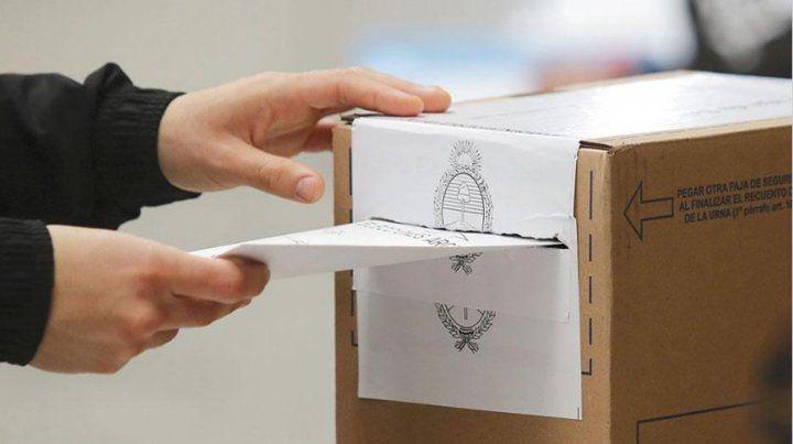 Para justificar el voto se debe conseguir primero un certificado que justifique la ausencia y luego hacer un trámite a través de internet o en la Secretaría Electoral.