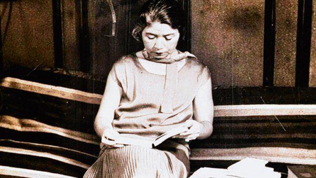 Los textos de Alfonsina Storni formarán parte del ciclo de charlas.