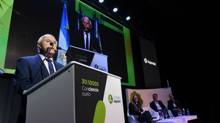 El gobernador Miguel Lifschitz estuvo presente en el congreso de Aapresid.