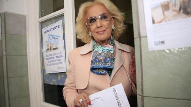 Mirtha Legrand votó por la tarde. Foto Gentileza Infobae.