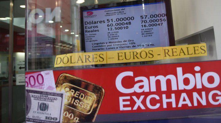 La puja en el mercado cambiario, con mirada rosarina