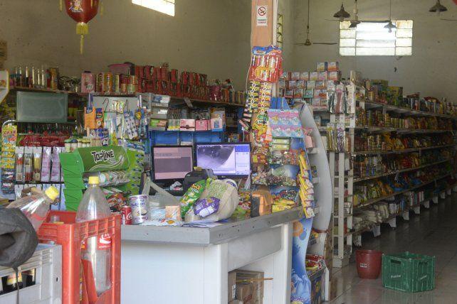 Supermercadistas advierten que comenzaron a sentir el aumento del dólar