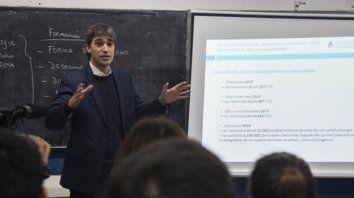Adrián Pérez (Ministerio del Interior), satisfecho con el conteo inicial.