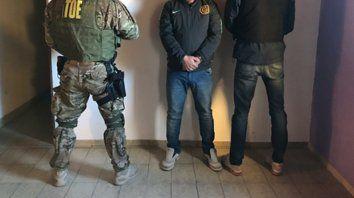 Cristian Abregú, de 42 años, fue detenido ayer en el Fonavi de Parque Oeste por personal de PSA y TOE.