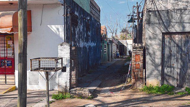 Perú al 3000. La mujer de 70 años fue hallada muerta el lunes con golpes en el patio de la casa del acusado.