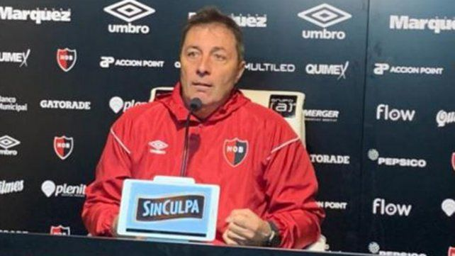 Kudelka le reclamó a la Superliga respeto por el reglamento