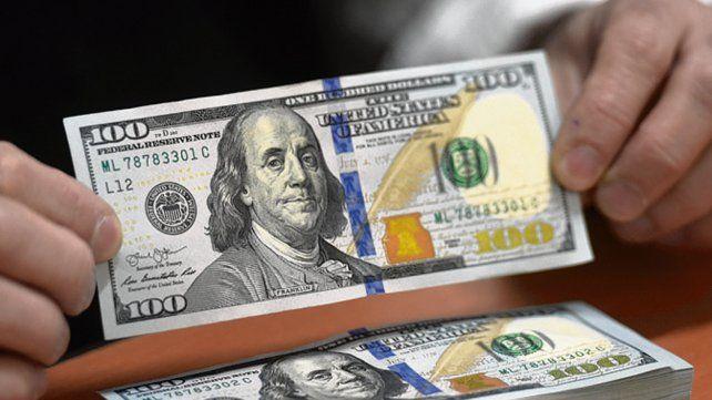Dólar. El precio de la divisa cerró en baja por primera vez en la semana.