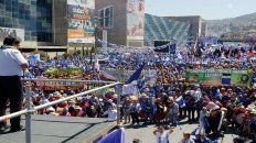 Popular. Morales lideró ayer su campaña en La Paz. Su partido MAS lo respalda sin fisuras.