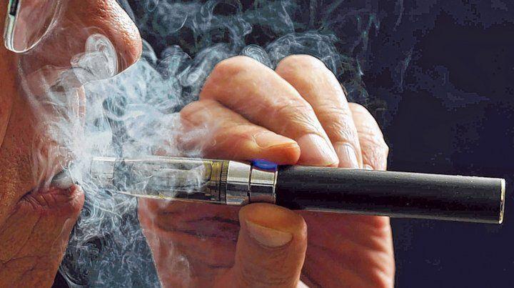 Salud afectada. Aseguran que el elemento es la puerta de entrada al tabaco.