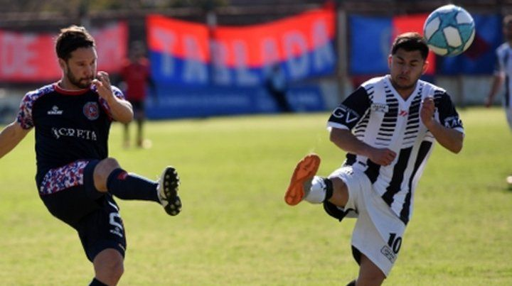Marcó el 2 a 1. Casini volvió anotar de cabeza y esta vez fue para ganar en Tablada.