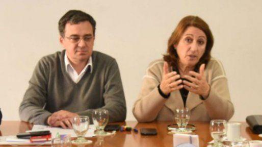 El secretario de Hacienda, Santiago Asegurado, y la intendenta Mónica Fein.