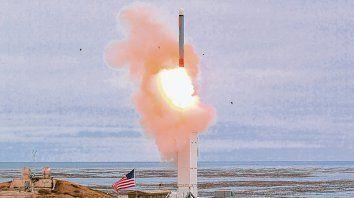 disparo. El misil de crucero fue lanzado desde una isla en California y alcanzó su objetivo, a más de 500 km.